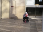 Beggar in Paris, Paris