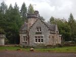 Gatelodge along the B9154 at Moy, Scotland