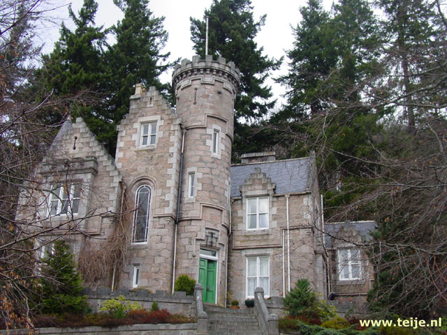 Oak Hall, Ballater